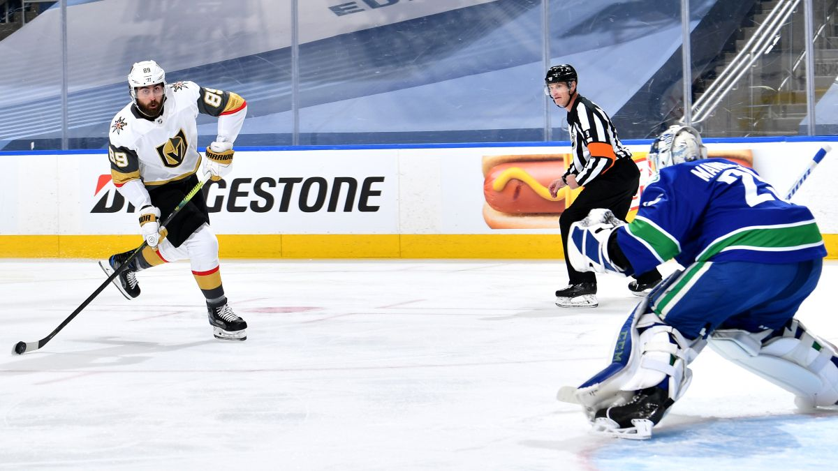 NHL Odds and Picks: Betting Predictions for Golden Knights vs. Canucks Game 4 (Sunday, Aug. 30) article feature image