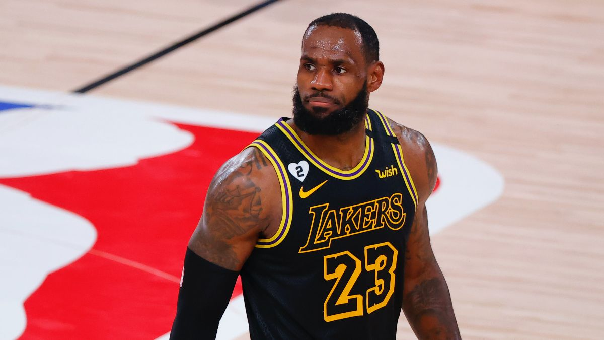 NBA Playoffs Betting Odds, Picks & Predictions: Trail Blazers vs. Lakers Game 5 (Wednesday, August 26) article feature image