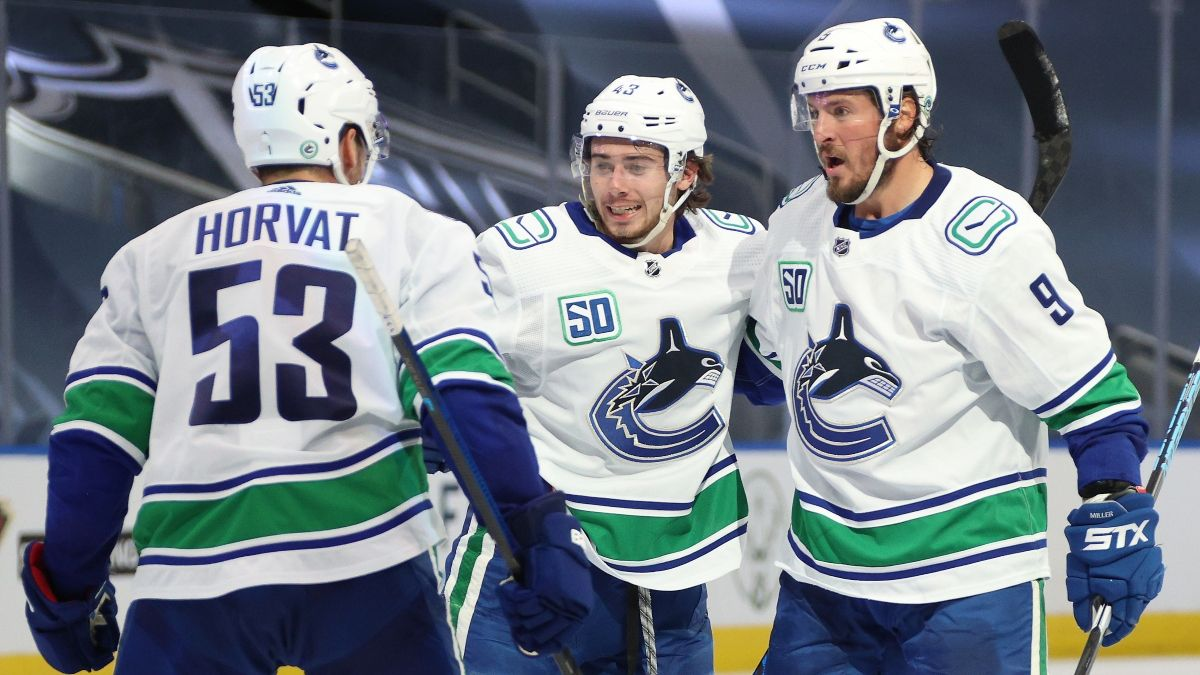 NHL Betting Odds, Picks & Predictions: Canucks vs. Blues Game 1 Preview (Wednesday, August 12) article feature image