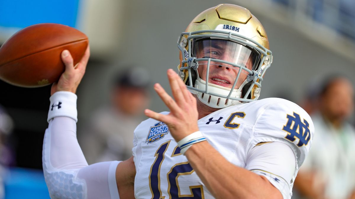 2020 Updated Win Total and Championship Projections: Is Notre Dame Worth a Bet to Win the Title? article feature image