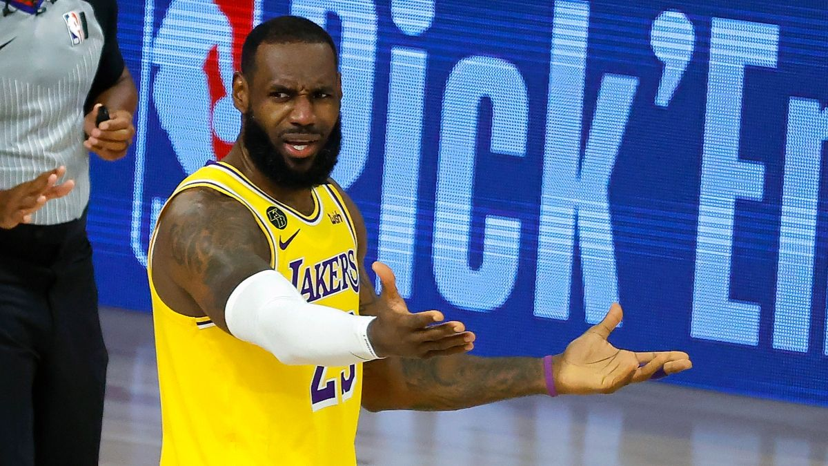 LeBron James Injury Moving Spread, Over/Under for Lakers vs. Rockets (Thursday, August 6) article feature image