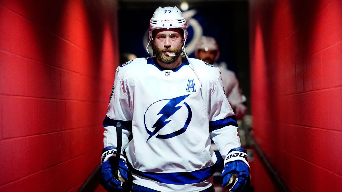 Bruins vs. Lightning Game 5 Betting Odds, Picks & Predictions (Monday, Aug. 31) article feature image