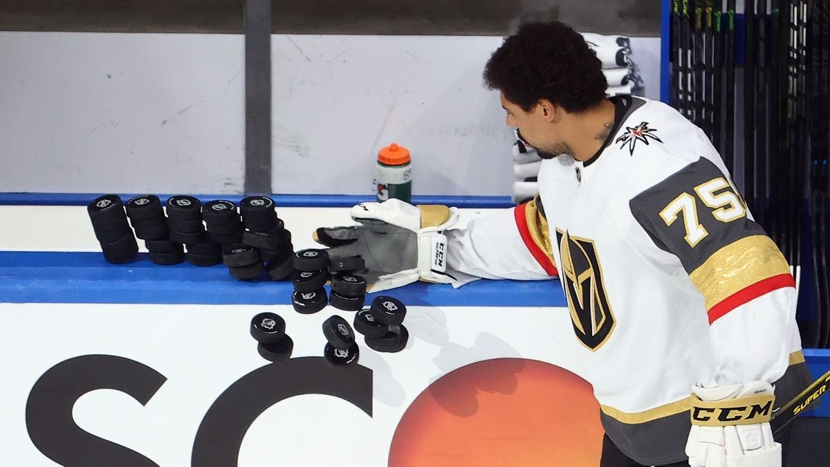 Tuesday NHL Picks: How We're Betting Islanders vs. Flyers & Golden Knights vs. Canucks article feature image