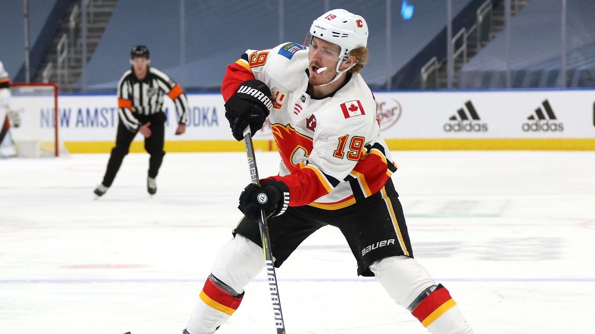 NHL Betting Odds, Picks and Predictions: Calgary Flames vs. Dallas Stars (Thursday, August 13) article feature image