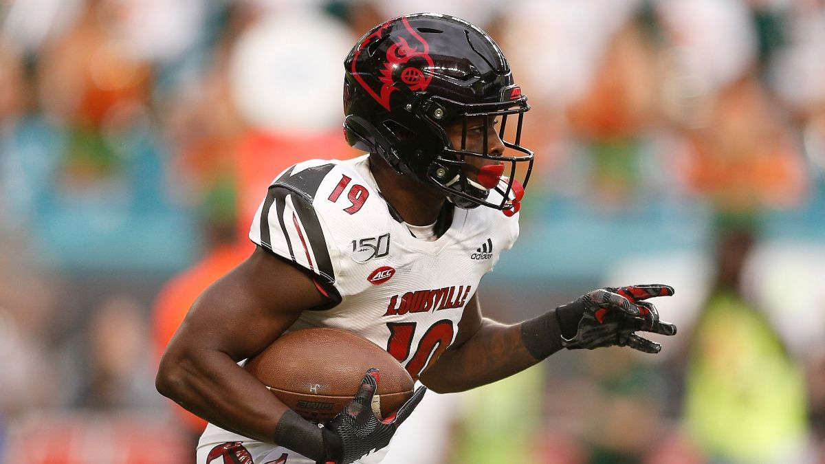 Louisville vs. Miami CFB Promo: Bet $20, Win $150 if Louisville Scores a Point! article feature image