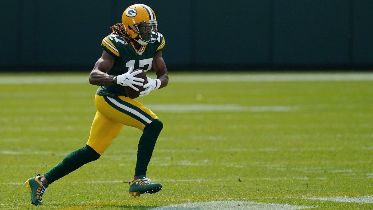 NFL Injury Tracker: Daily Updates On Davante Adams, Sony Michel & More Week 4 Injuries article feature image