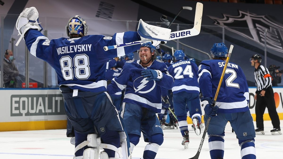 New York Islanders vs. Tampa Bay Lightning Game 1 Betting Odds, Picks & Predictions (Monday, Sept. 7) article feature image