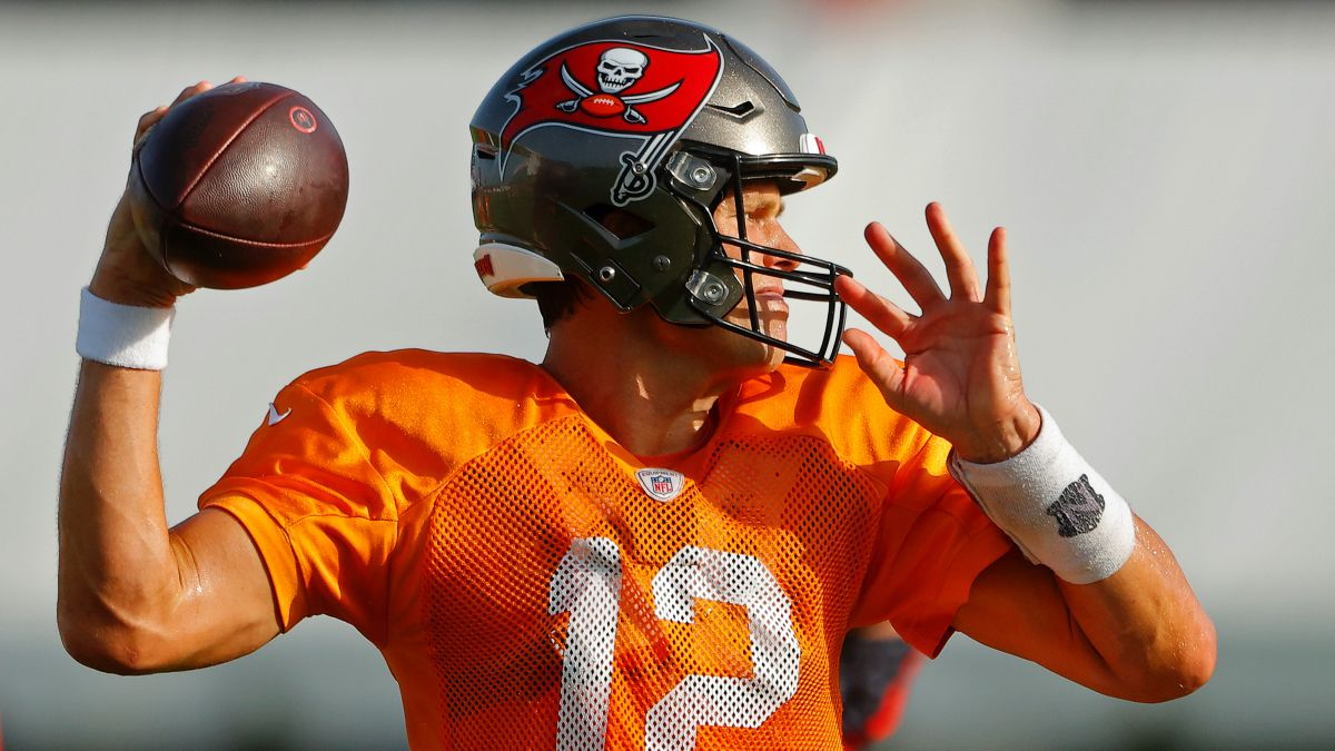 Tampa Bay Buccaneers Betting Primer: Super Bowl Odds, Win Total Pick, More article feature image
