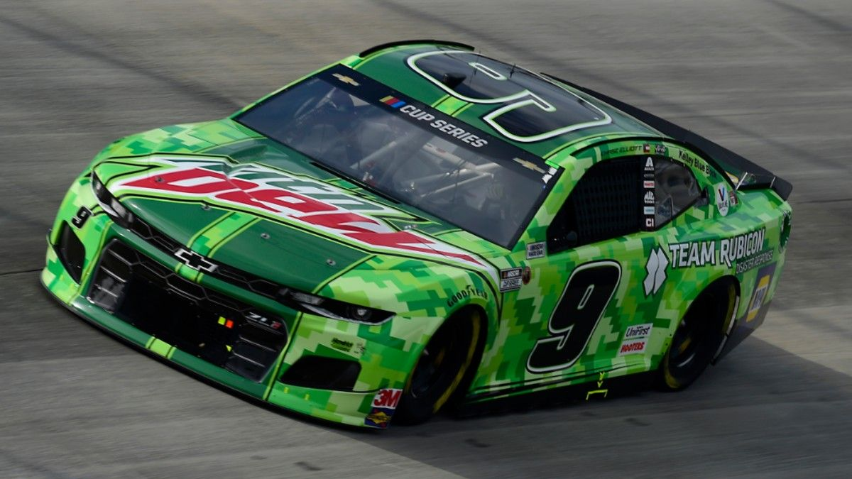 NASCAR at Darlington Betting Odds & Picks: 2 Bets for Sunday's Cook Out Southern 500 (Sept. 6) article feature image