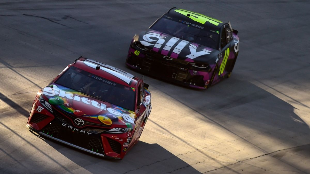 Saturday NASCAR at Bristol Odds & Picks: 3 Bets for Bass Pro Shops Night Race article feature image