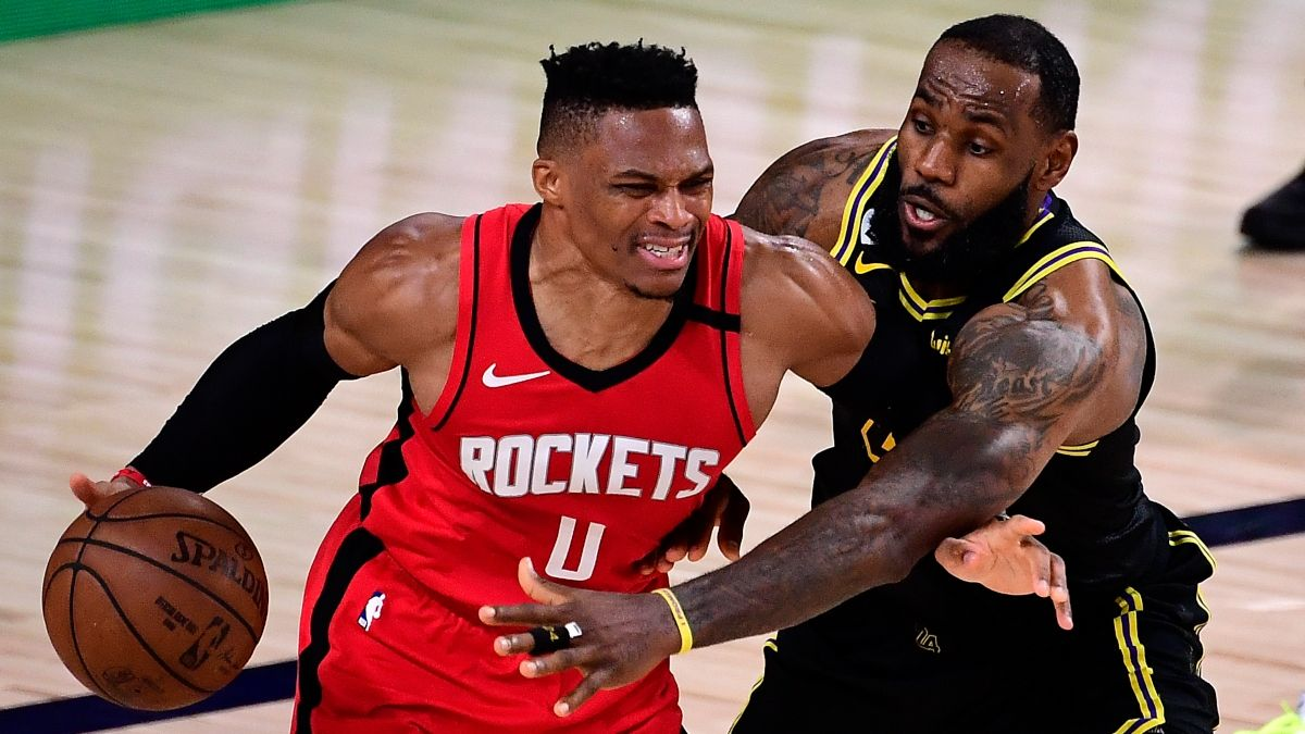 Lakers vs. Rockets Game 3 Odds, PRO Report Pick: Big Bets From Sharps Hitting Over/Under (Tuesday, Sept. 8) article feature image