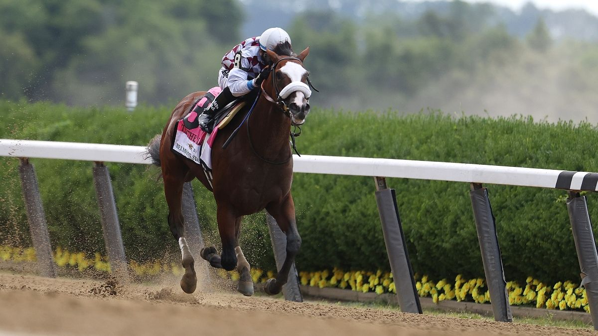 2020 Kentucky Derby Power Rankings: Which Longshots Can Upset Tiz the Law? article feature image
