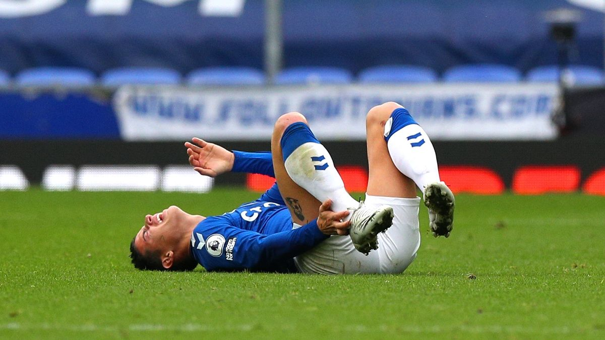 Premier League Betting Odds, Picks & Predictions: Southampton vs. Everton (Sunday, Oct. 25) article feature image