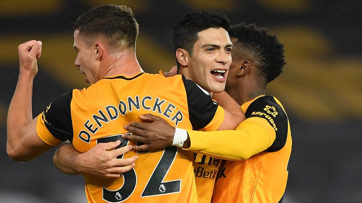 Premier League Betting Odds, Picks & Predictions: Wolverhampton vs. Crystal Palace (Friday, Oct. 30) article feature image