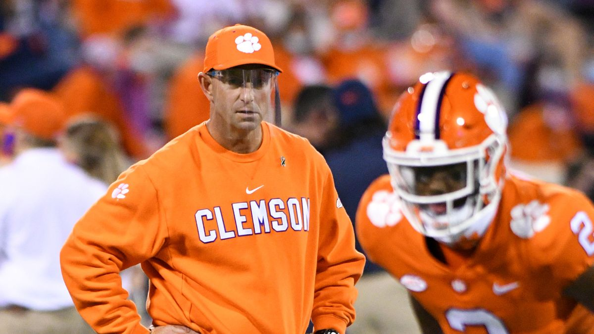 Miami vs. Clemson College Football Odds, Sharp Betting Pick: Sharp Action Hitting Total (Saturday, Oct. 10) article feature image
