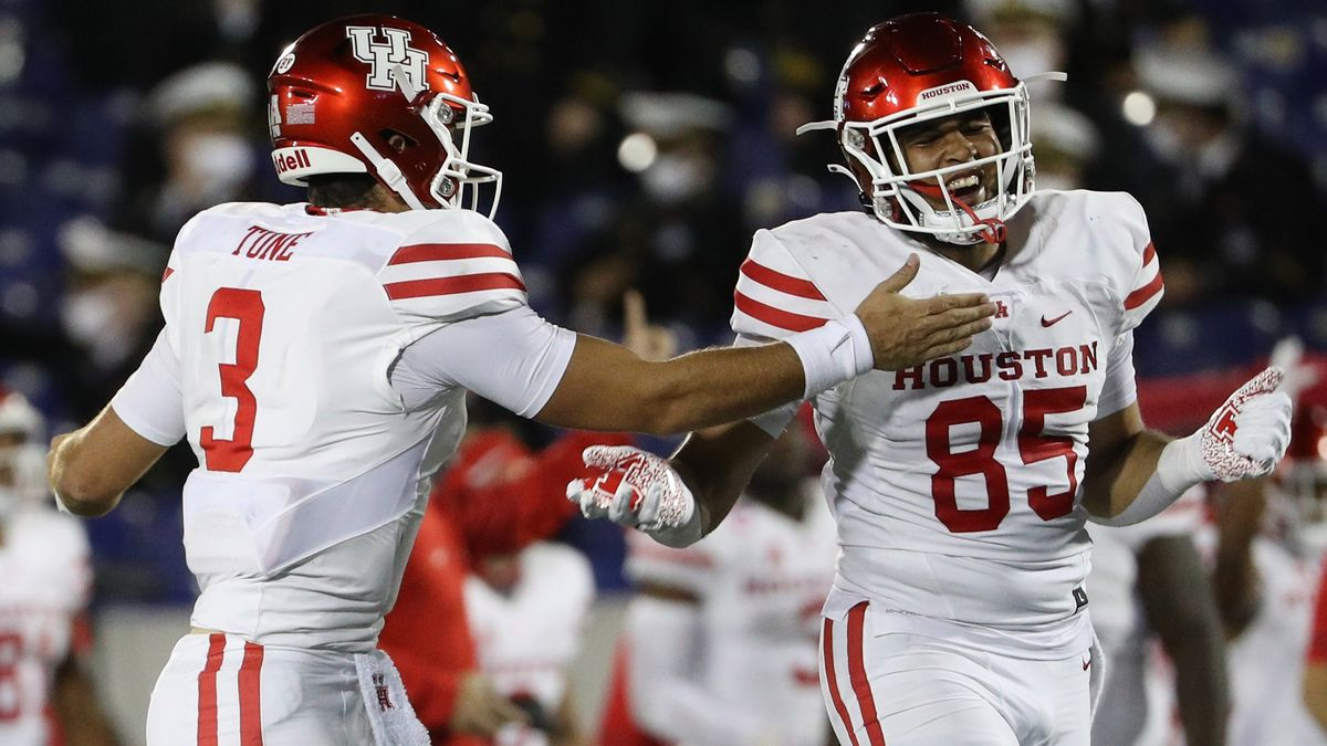 UCF vs. Houston Betting Odds & Pick: Betting Value on Knights For Saturday's Game article feature image