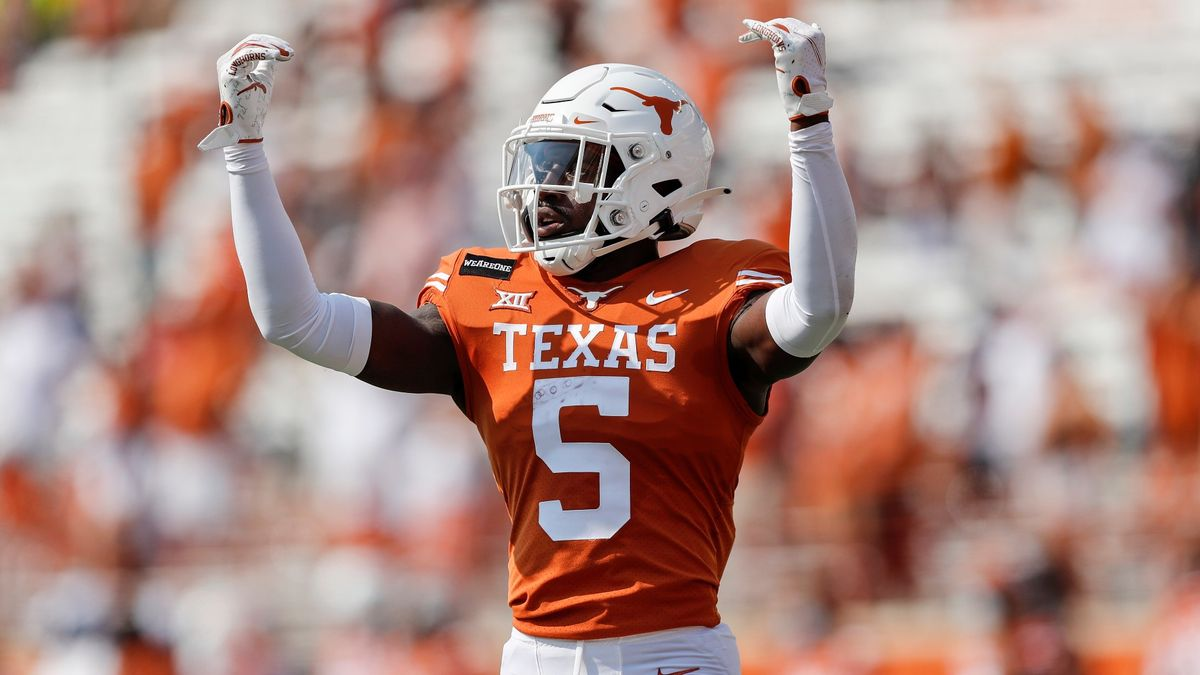 2020 College Football Rankings: AP Top 25 Poll vs. Our Betting Power Ratings For Week 7 article feature image