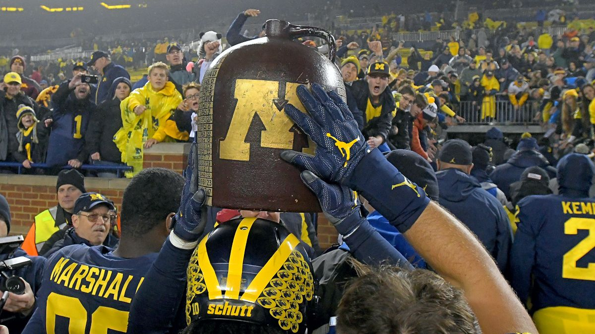 Minnesota vs. Michigan Odds & Pick: Big Ten Title, Little Brown Jug on the Line in Week 8 (Saturday, Oct. 24) article feature image