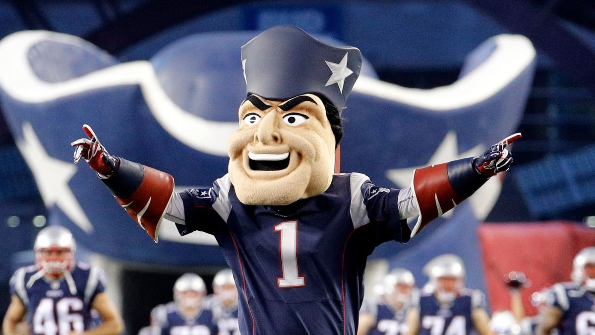 NFL Pick 'Em Rankings: Straight Up & Against the Spread Picks For Week 9 article feature image