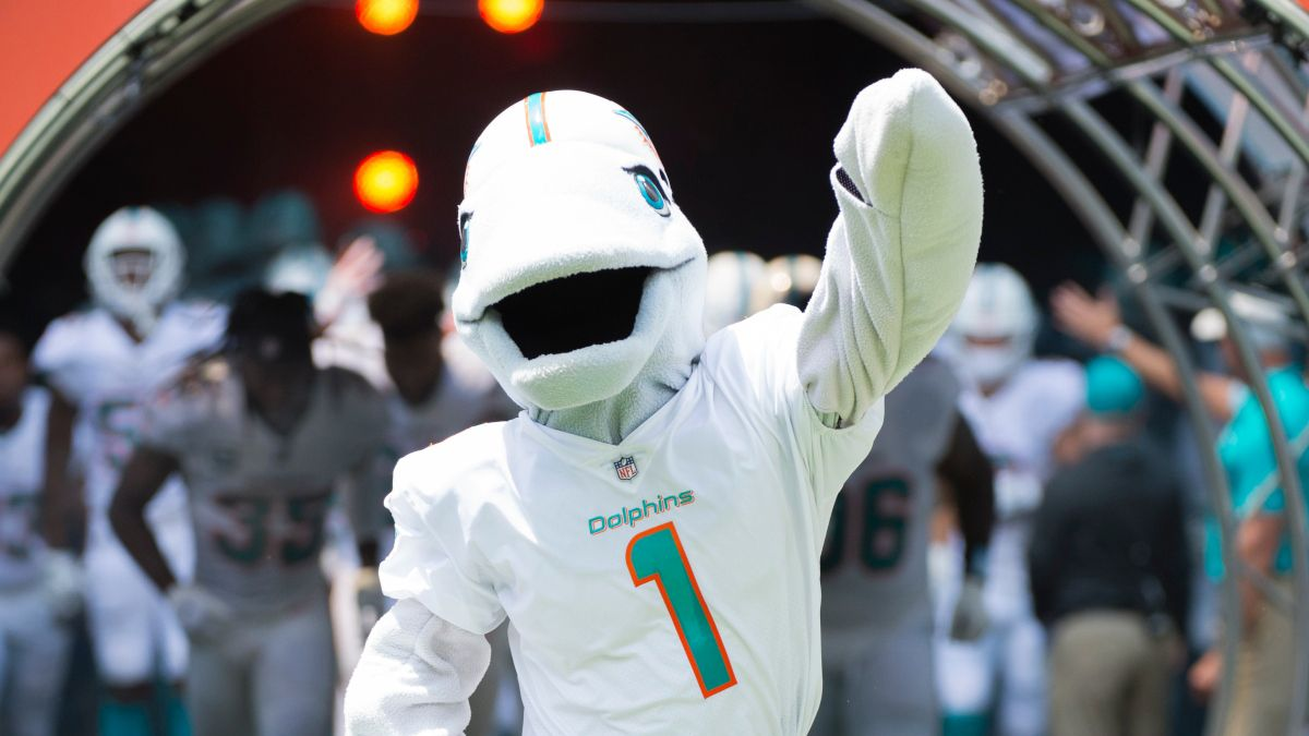 NFL Pick 'Em Rankings: Straight Up & Against the Spread Picks For Week 6 article feature image