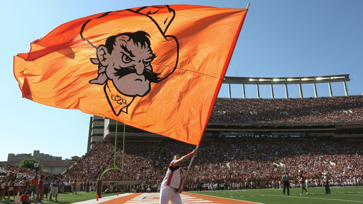 College Football Odds & Weather: Wind in Forecast for 6 Games on Saturday, Including Texas vs. Oklahoma State article feature image