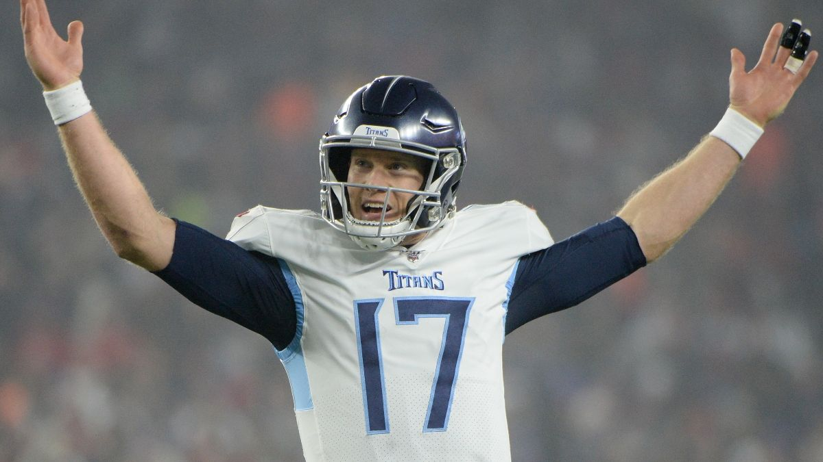 Titans-Bengals Odds & Promos: Bet $1 at BetMGM Tennessee, Get $100 Titans article feature image