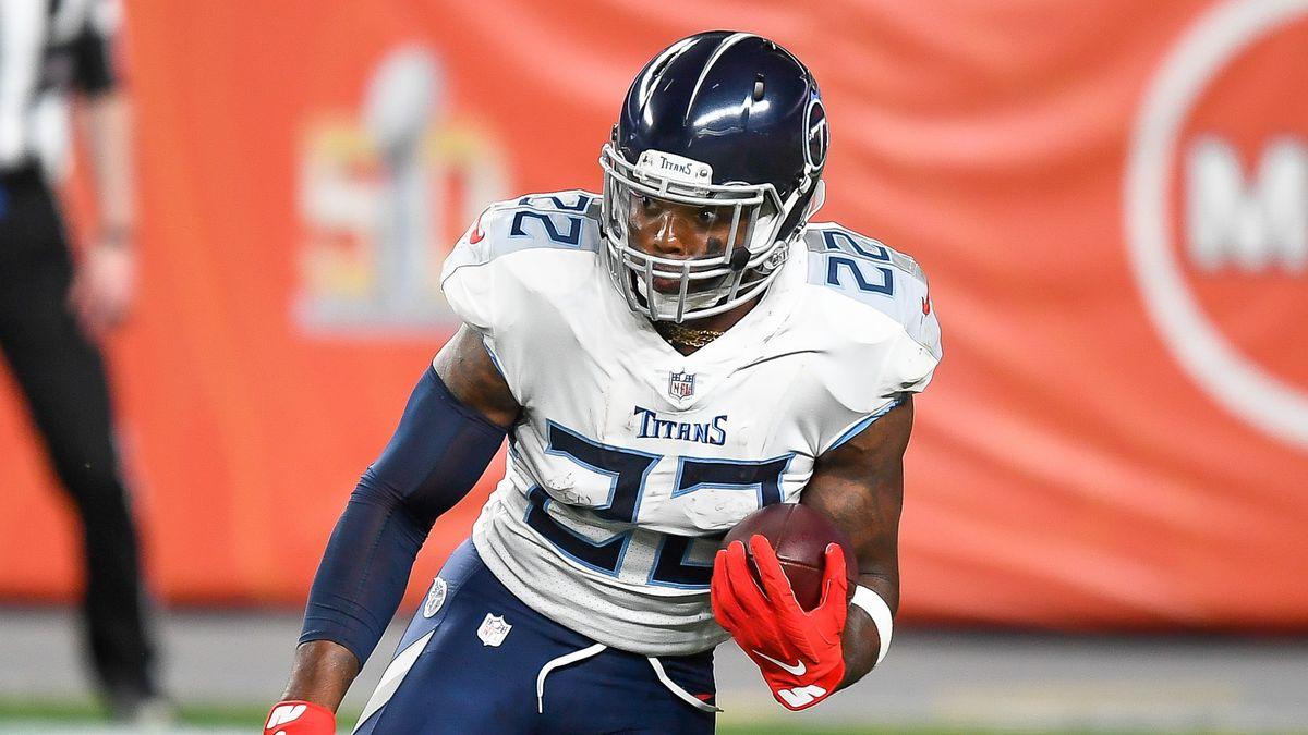 Bears vs. Titans Odds & Picks: How To Find Betting Value On Sunday's Game article feature image