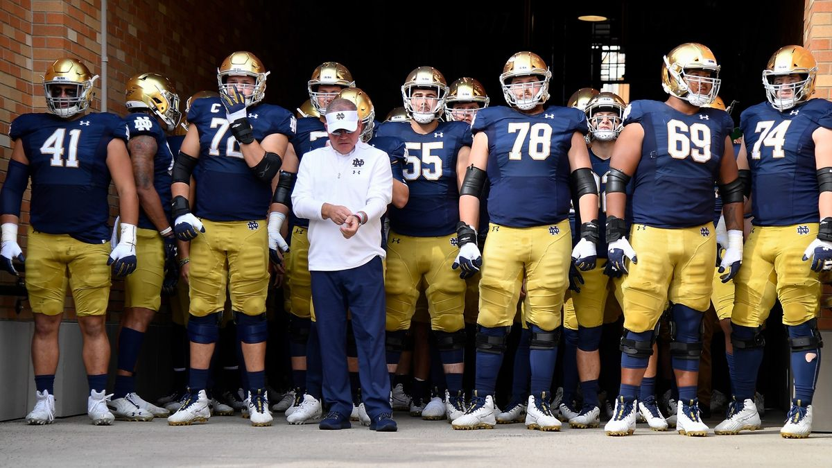 College Football Odds & Pick for Clemson vs. Notre Dame: Don't Bet the Tigers article feature image