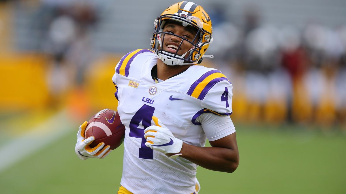 College Football Odds & Picks for LSU vs. Arkansas: Betting Value Sits With Razorbacks article feature image