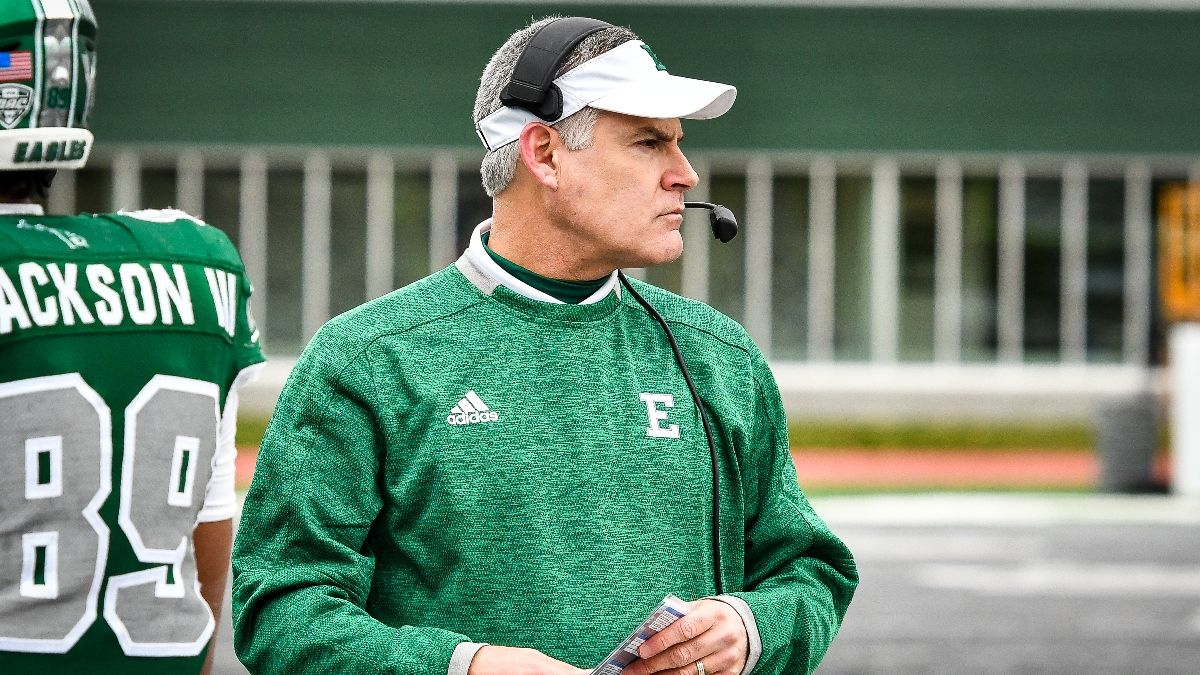College Football Odds & Pick for Eastern Michigan vs. Ball State: Big Money, Sharp Bets Moving Spread article feature image