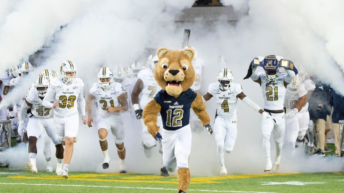 College Football Odds & Pick for FIU vs. Western Kentucky: Sharp Bets Hitting Panthers article feature image