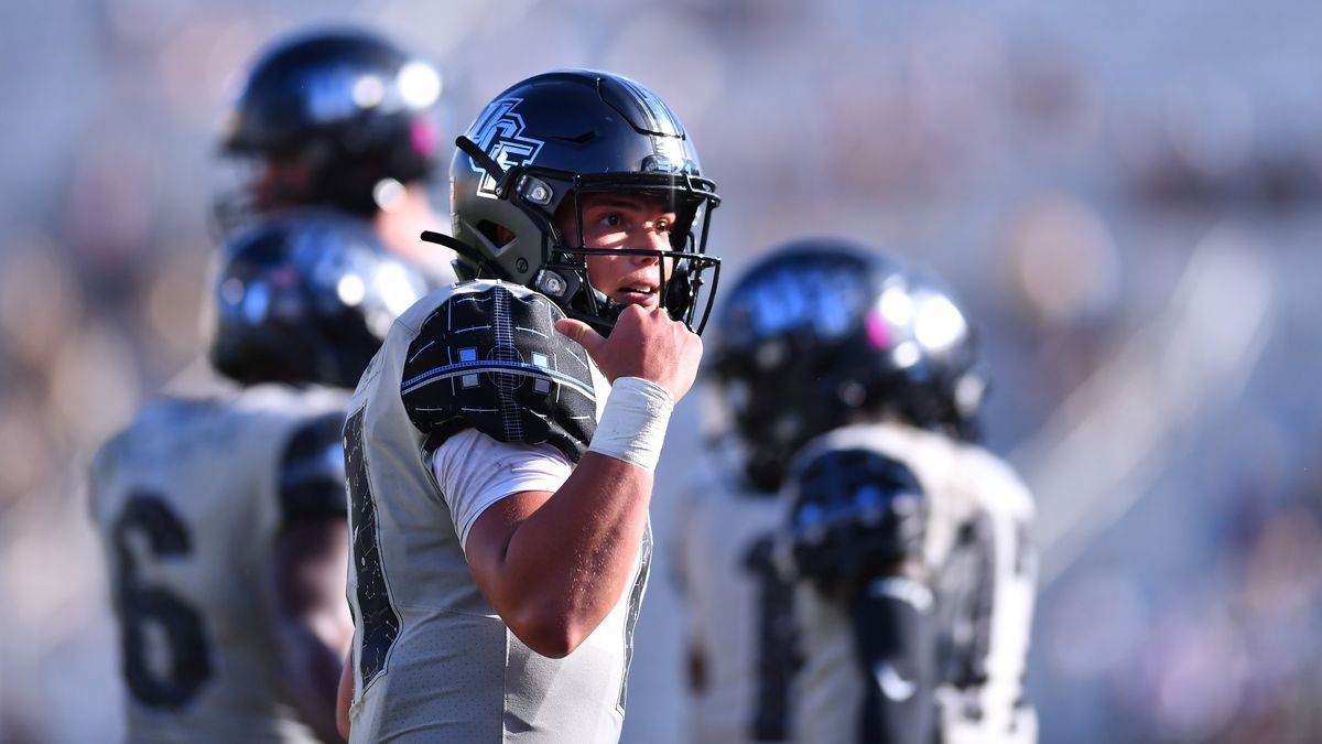 College Football Odds & Pick for Temple vs. UCF: How to Bet Saturday's Over/Under article feature image