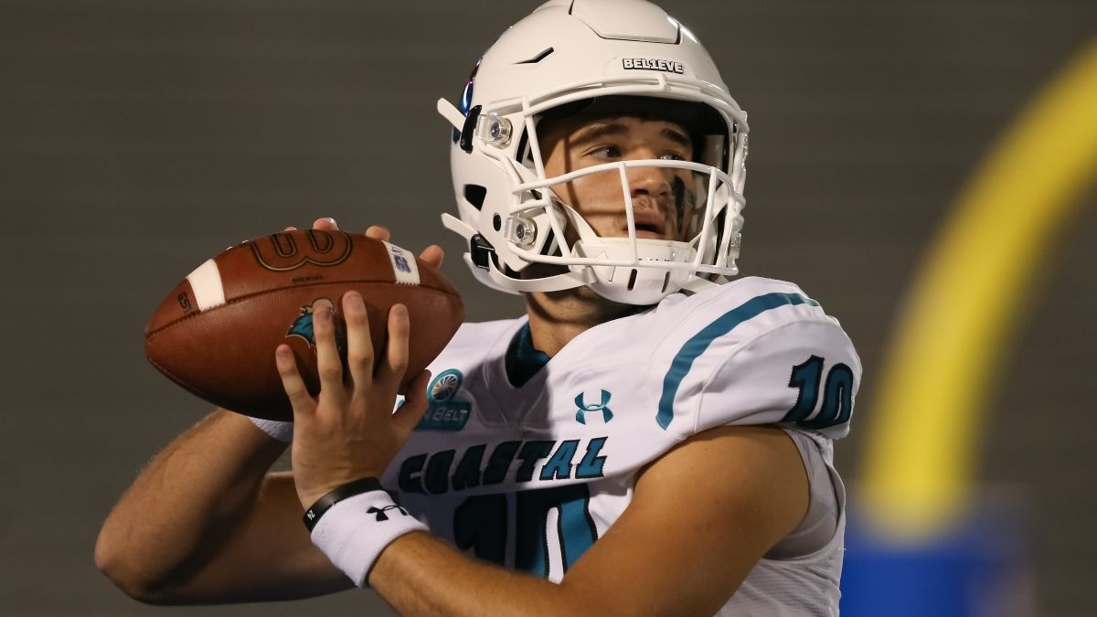 College Football Odds & Picks for Coastal Carolina vs. Texas State: Betting Value on Saturday's Over/Under article feature image