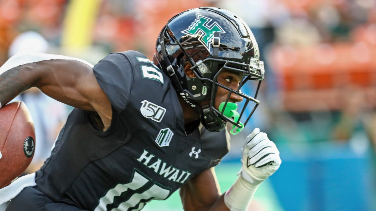 Saturday College Football Odds & Picks for Boise State vs. Hawaii: Bet the Broncos Over the 'Bows article feature image