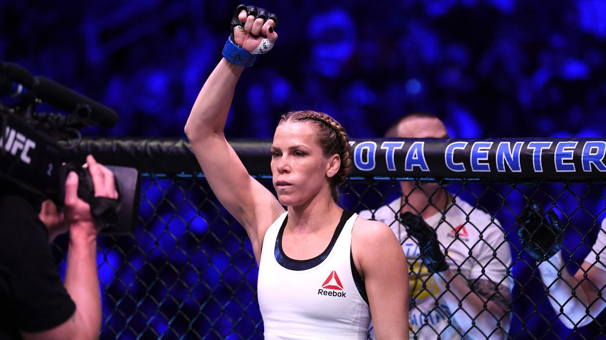 Saturday UFC 255 Odds, Pick & Prediction: Back Katlyn Chookagian to Outlast Cynthia Calvillo (Nov. 21) article feature image