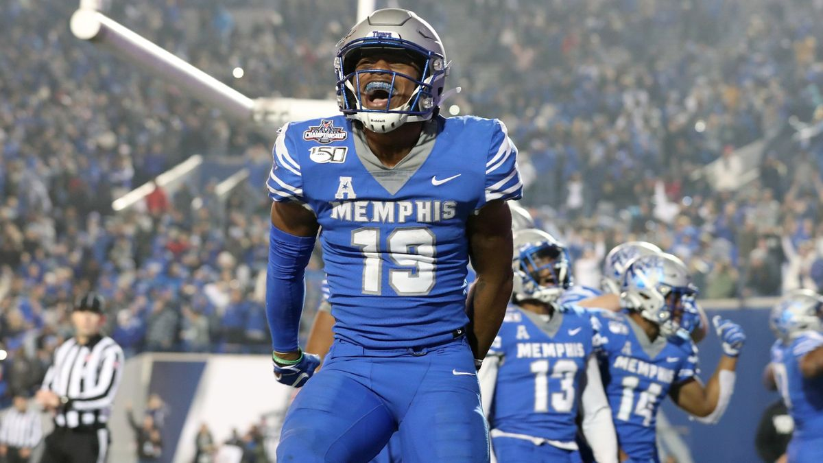 College Football Odds & Picks for Memphis vs. Navy: Bet on Plenty of Points article feature image