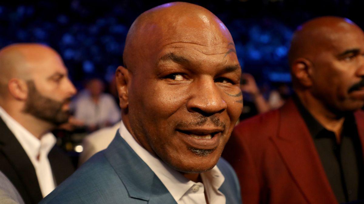 Mike Tyson vs. Roy Jones Jr. Odds: Tyson, Jake Paul Open as Favorites at Staples Center article feature image