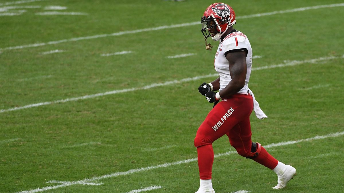 College Football Odds, Over/Under and Picks: How to Bet Liberty at NC State on Saturday (Nov. 21) article feature image