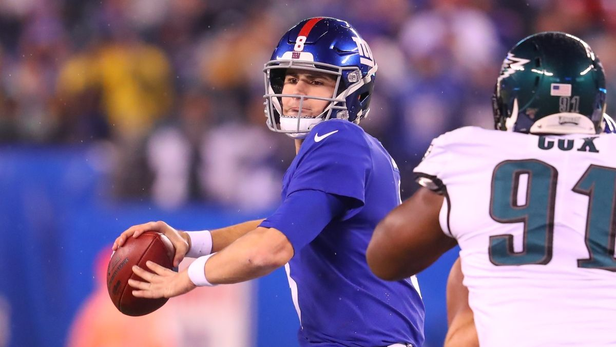 Eagles vs. Giants Odds & Picks: Bet the Under On Sunday article feature image