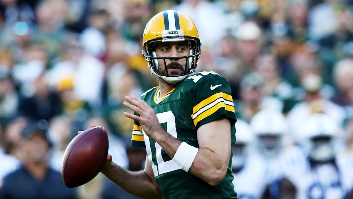 Packers vs. Bears Promo: Bet $10, Win $100 if the Packers Score a Point! article feature image