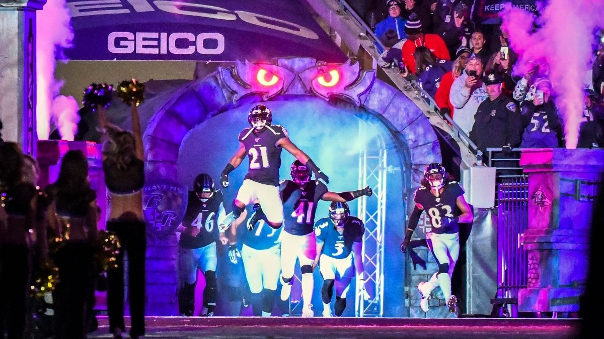 Patriots vs. Ravens Odds & Picks: 3 Ways To Bet Sunday Night Football article feature image