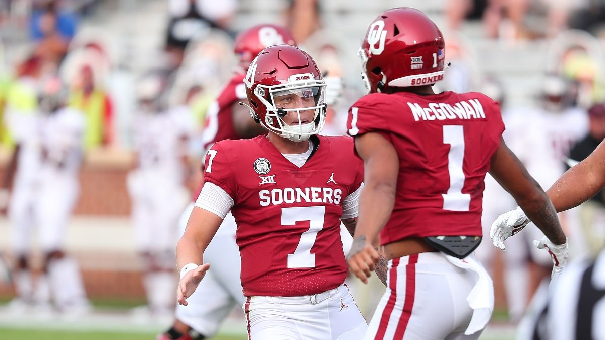 Saturday Odds & Sharp Picks for Oklahoma State vs. Oklahoma: Pros Betting Bedlam Spread and Over/Under (Nov. 21) article feature image