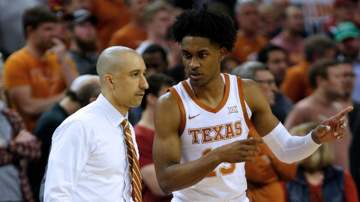 Shaka Smart Leaves Texas to Take Marquette Job article feature image