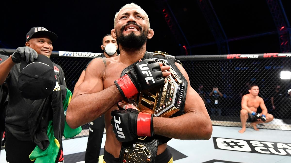 UFC 255 Sportsbook Promo: Bet $20, Win $125 if the Main Event Lasts One Minute! article feature image
