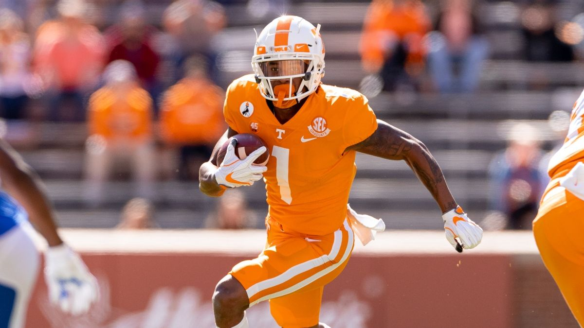 College Football Odds & Picks for Tennessee vs. Arkansas: Sharp Betting, Projections, More article feature image