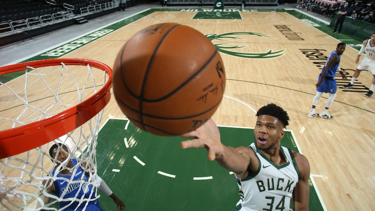 New Year's Day NBA Betting Odds & Picks for Bulls vs. Bucks: Bet On Milwaukee To Rout Chicago (Friday, Jan. 1) article feature image
