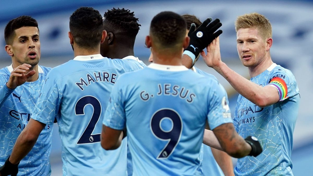 Manchester United vs. Manchester City Premier League Odds, Picks & Predictions: How to Bet the Manchester Derby (Dec. 12) article feature image