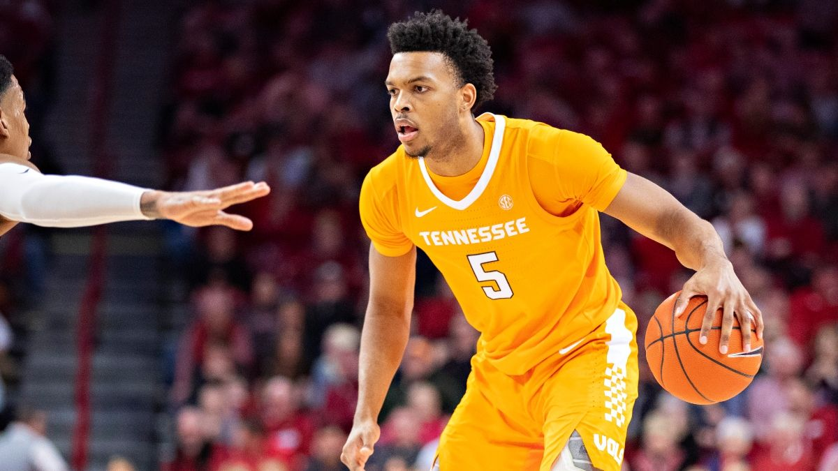 Tennessee vs. Vanderbilt Promo: Bet $1, Win $100 if the Vols Make a 3-Pointer! article feature image