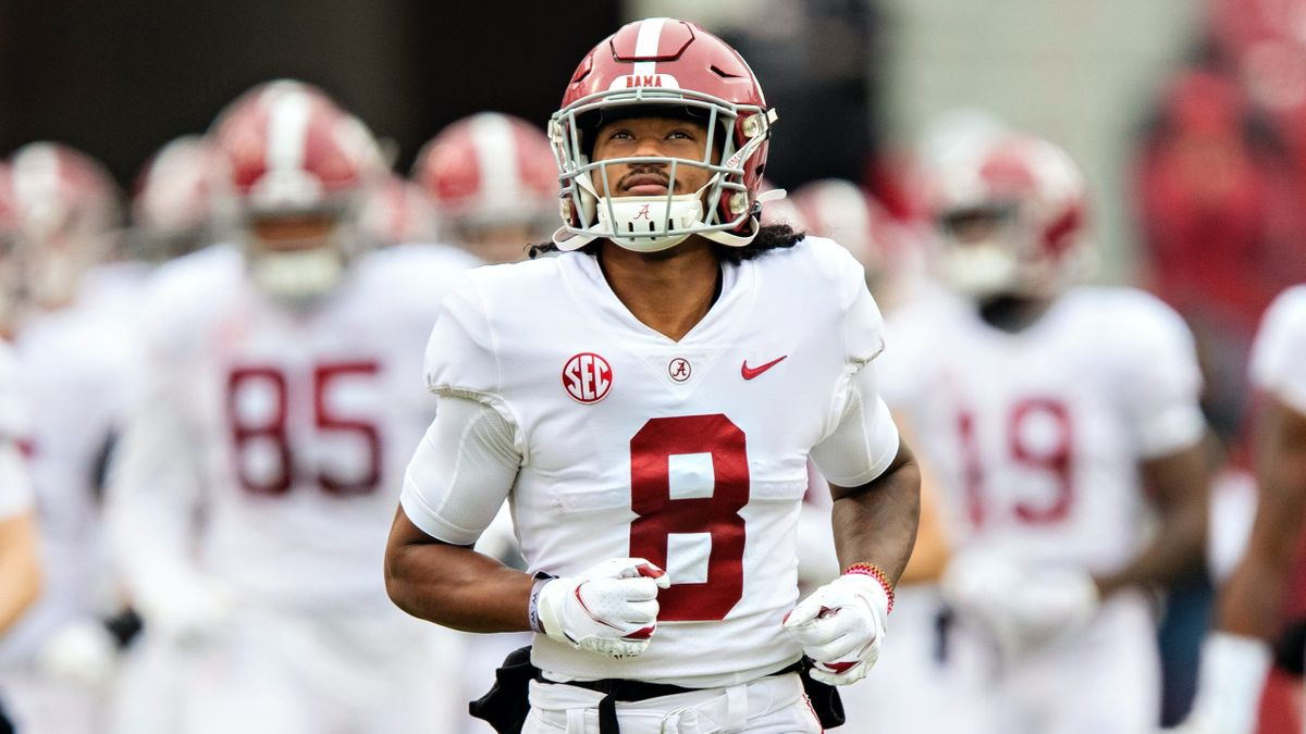 Rovell: Alabama Making Team History as Covering Favorite & More CFB Bookmaker Notes article feature image