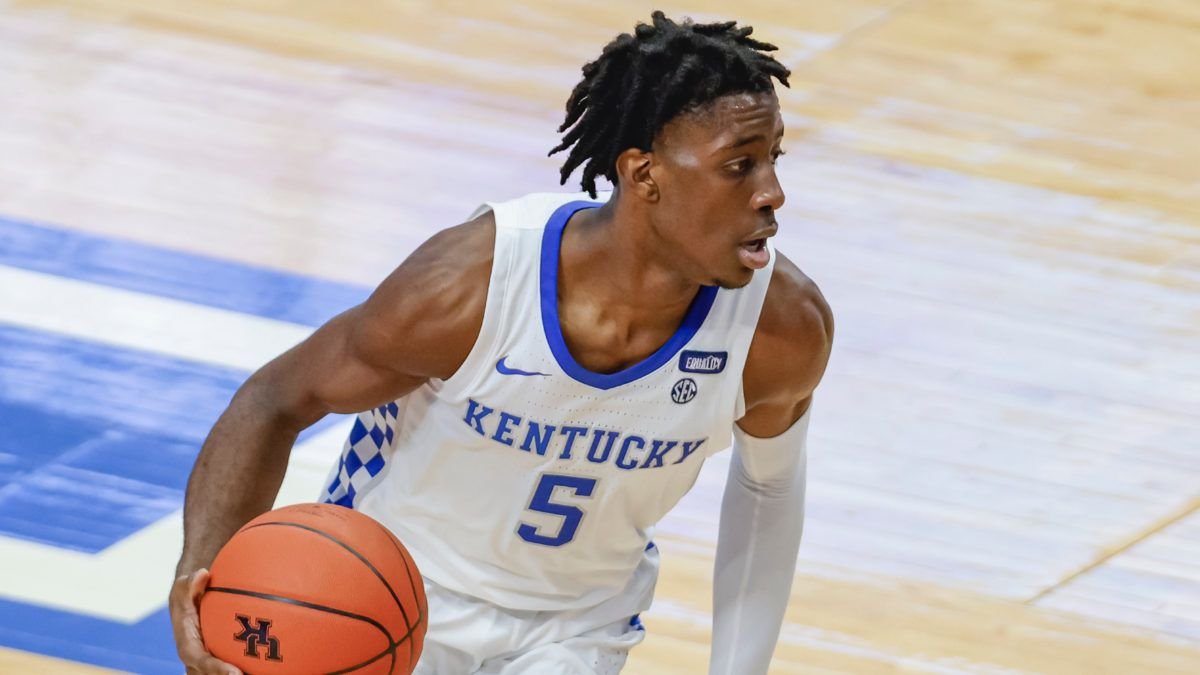 North Carolina vs. Kentucky Odds & Picks: Bet the Wildcats on Saturday article feature image